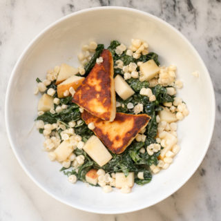 Grilled Halloumi Kale Salad with Apple & Sweetcorn